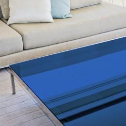 Film decoratif bleu roi transparent pour table en verre