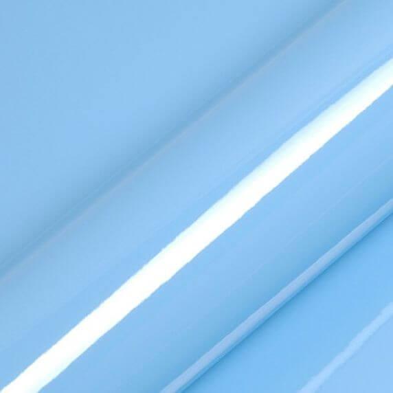 Bleu ciel brillant