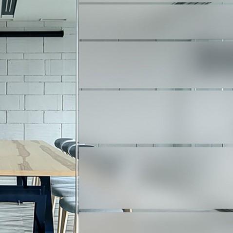 Film adhesif pour vitre Reflectiv INT 237 bandes depolies degressives